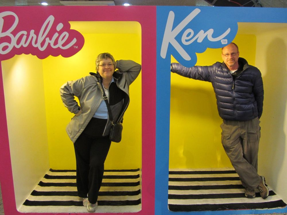 Ken and Barbie (5/6)